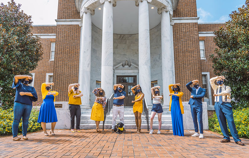 Photo of Homecoming 2020's Royal Court members